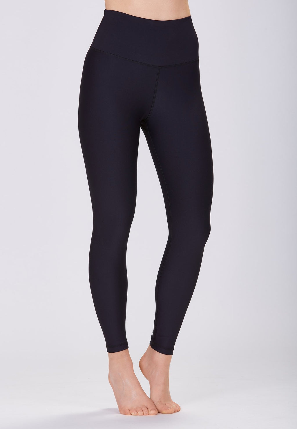 Classic High Waisted 7/8 Legging - Black
