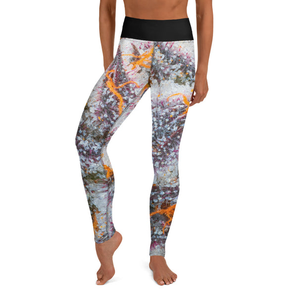 """Sitaara"" - Cannabis Macro Art Yoga Pants by Dabsel"