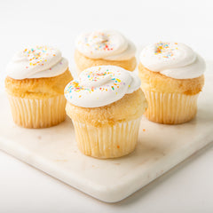 6 pk. Cupcakes w/ Frosting on Side