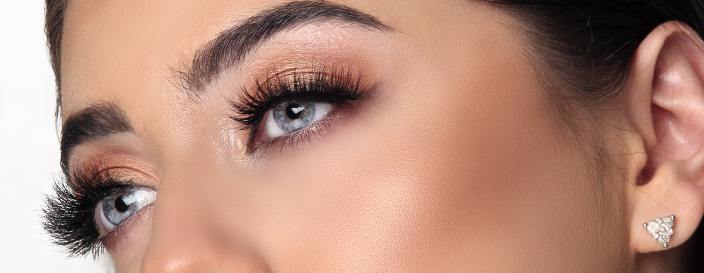 Close up of woman eyes wearing 3D mink lashes