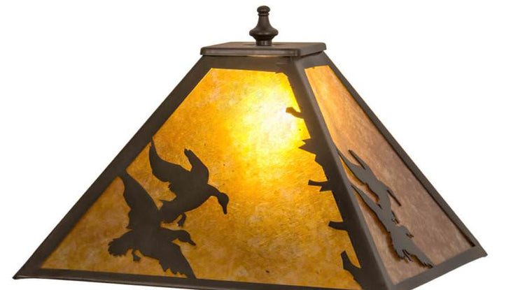 Duck Hunter Table Lamp Shade Close-up