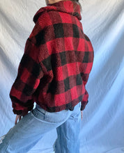 Load image into Gallery viewer, SHERPA PLAID JACKET