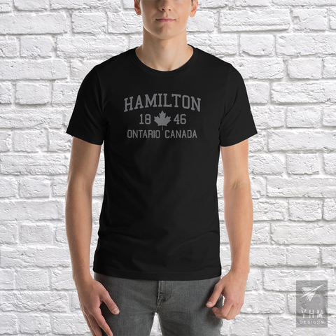 YHM Designs - Hamilton 1846 Maple Leaf T-Shirt - Black - Hamilton Ontario Canada Gift - Christmas Birthday - 1