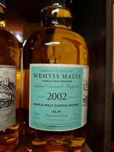 Laden Sie das Bild in den Galerie-Viewer, Wemyss Bunnahabhain 2002 Single Malt Scotch Whisky 16 Jahre 56,7 % vol. -  NEU