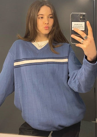 Cute Vintage Sweater Blue August Lemonade