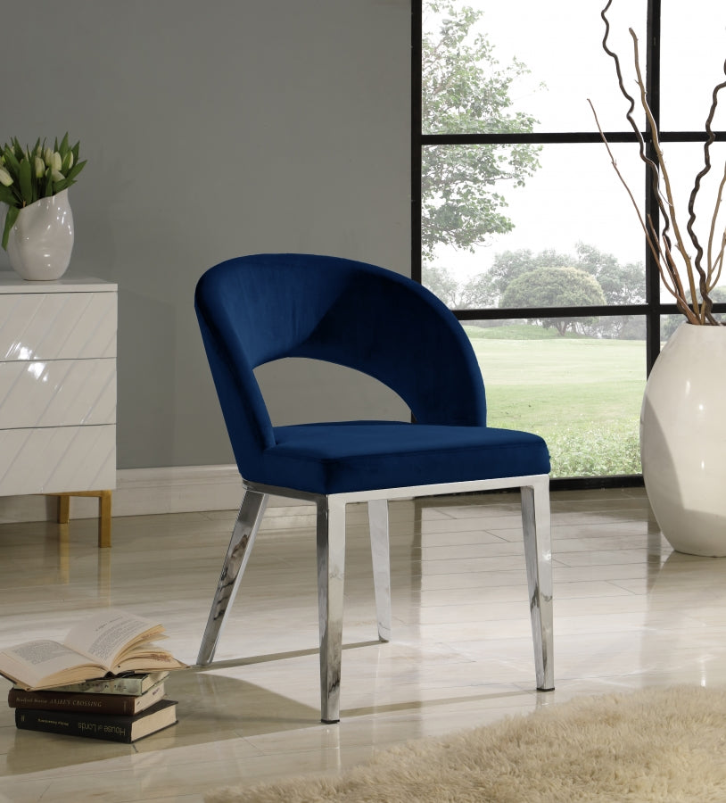 ROBERTO SILVER BLUE CHAIR