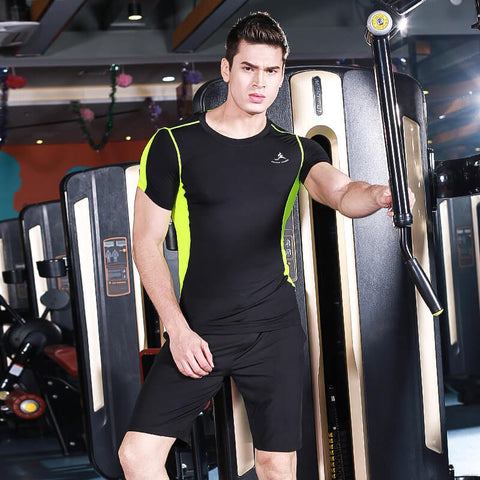 Men's Workout Set with T-shirt and shorts