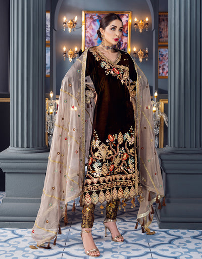 Emaan Adeel Gold brown MKH 4 Makhmal Luxury Velvet Edition
