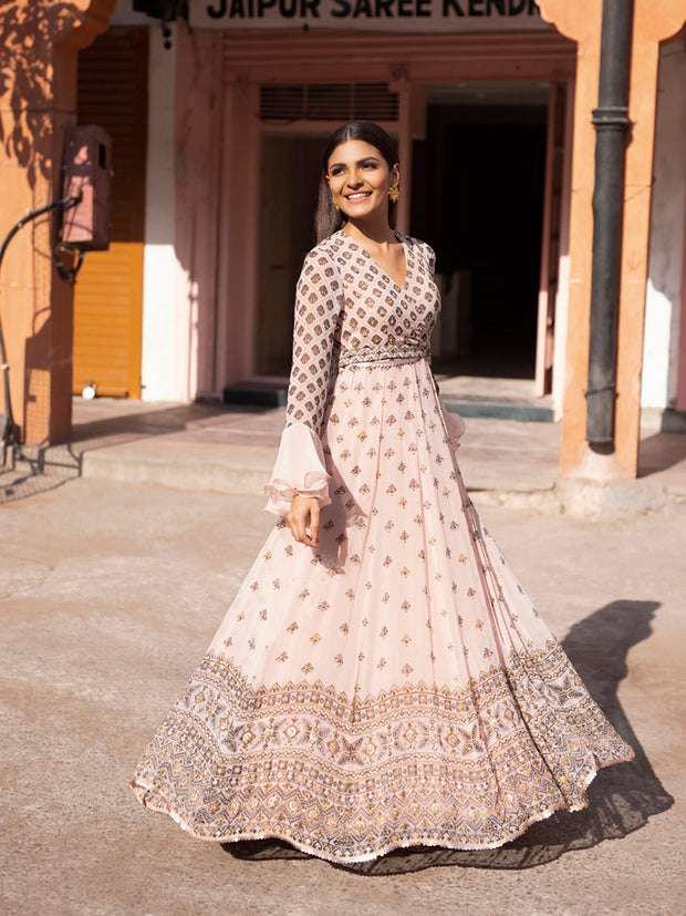 Gown, Gowns, Anarkali, Anarkalis, Traditional, Traditional wear, Traditional outfit, Printed, Georgette, Georgette gown, Flowy, Floor length, DD28, VKI