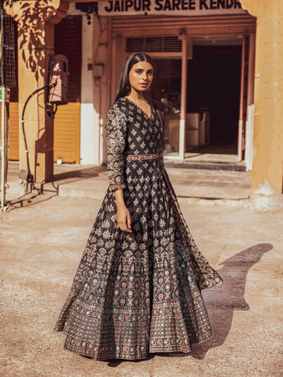 Gown, Gowns, Anarkali, Anarkalis, Traditional, Traditional wear, Traditional outfit, Printed, Silk, Silk gown, Chanderi gown, Chanderi silk, Flowy, Floor length, DD28, VKI