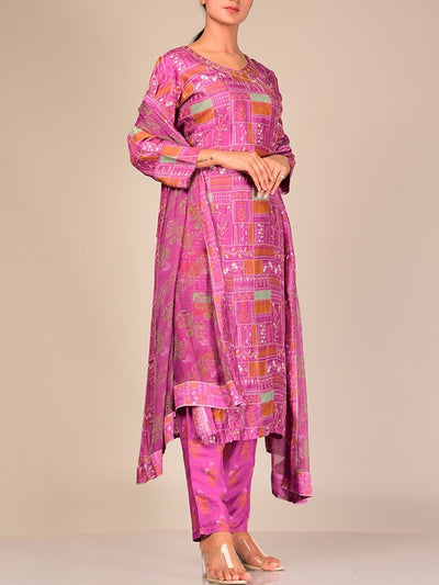 Pruple Silk Blend Kurta Set With Chiffon Dupatta