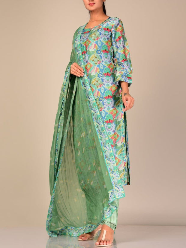 Turquoise Silk Blend Kurta Set With Chiffon Dupatta
