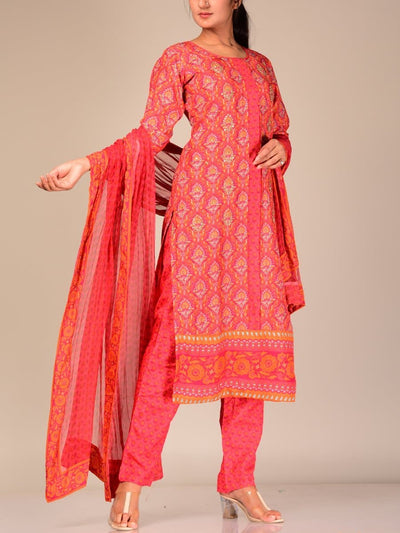 Red Silk Blend Kurta Set With Chiffon Dupatta