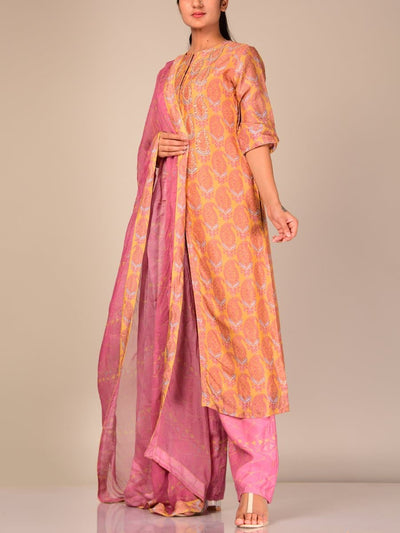 Yellow Silk Blend Kurta Set With Contrast Dupatta