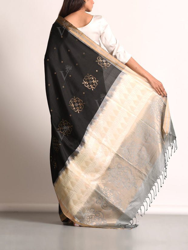 Black Banarasi Silk Hand loom Saree