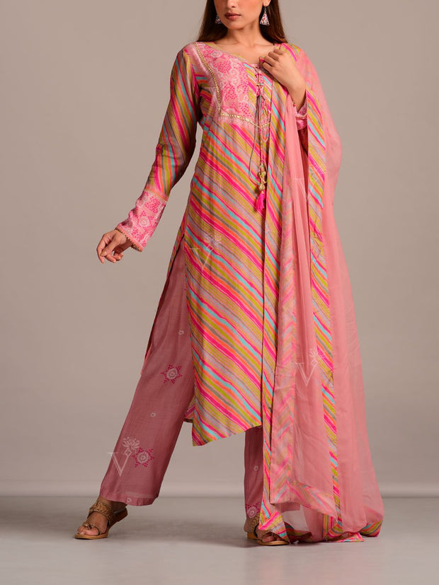 Pink Leheriya Printed Suit Set