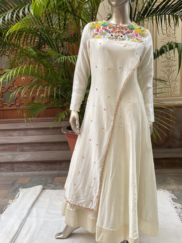 Anarkali, Anarkalis, Gown, Gowns, Traditonal, Traditional wear, Traditional outfit, Flowy, Silk, Silk gown,, SampleSale, dropship