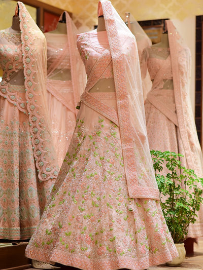 Lehenga, Lehengas, Bridal, In-Store, Wedding Trousseau, Trousseau, Traditional, Traditional wear, Traditional outfit, Vasansivirtual, Bridal wear