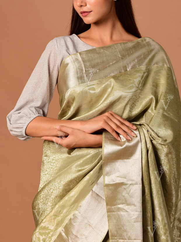 Grey Banarasi Silk Handloom Saree