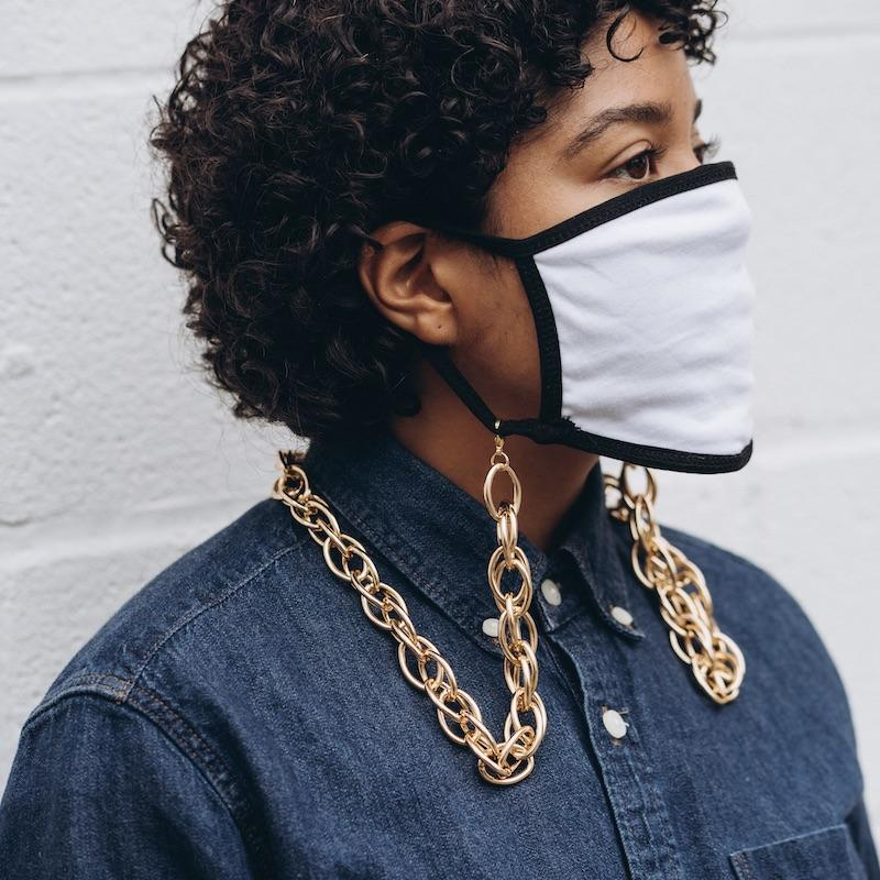 Gold Loop Bold Face Mask Chain