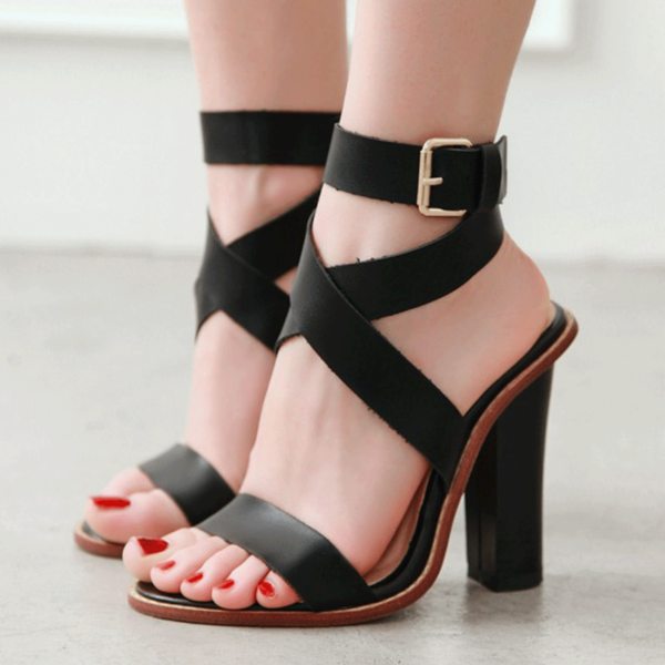 Dara Buckled Heels | Leather
