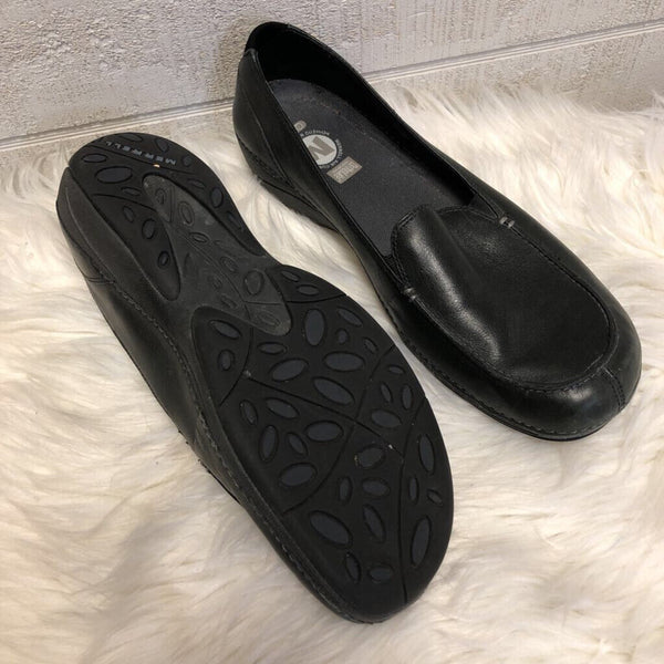 Sz 11 slip on loafers