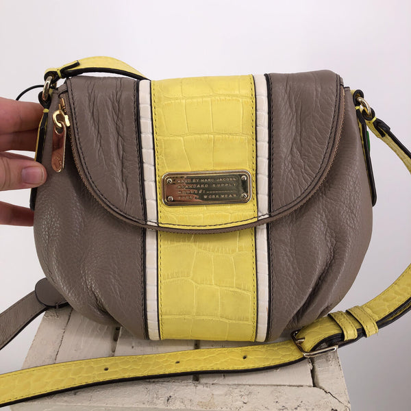 flap color block crossbody