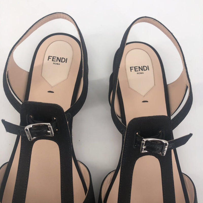 Fendi Sz 40.5Chameleon flat jeweled sandals