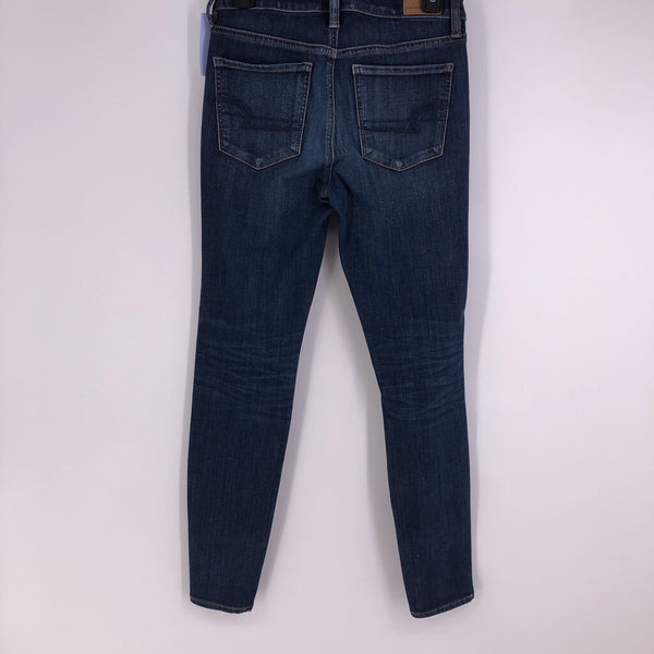 sz 4 mid rise jegging