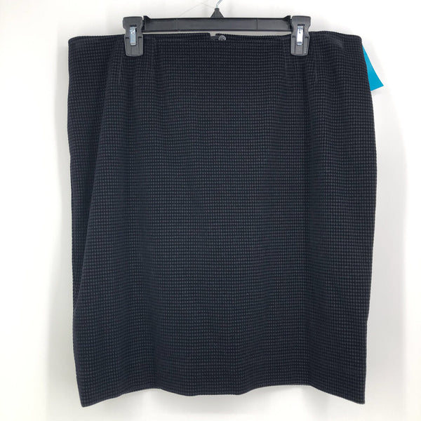 Sz 16 black skirt