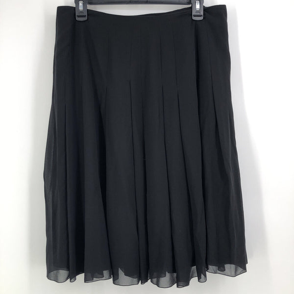 Sz 10 silk pleated skirt