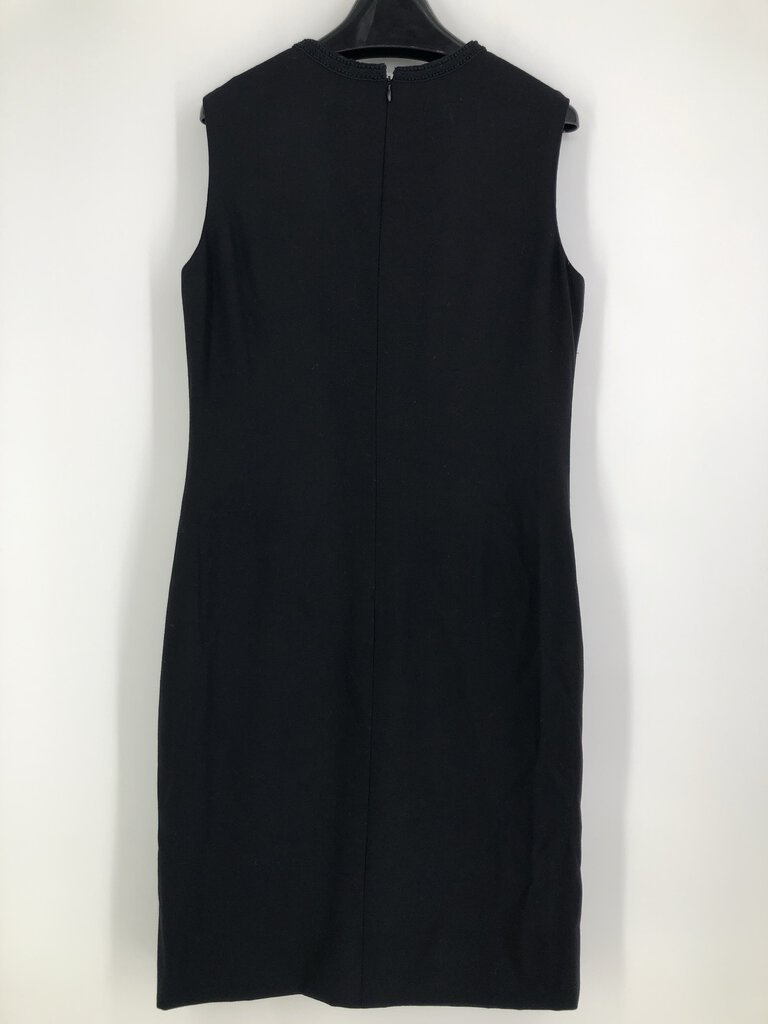Sz 14 s/less embroid dress