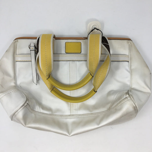 multi pocket handbag
