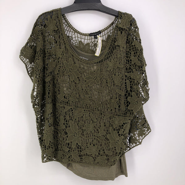 Sz 18/20 2pc crochet top w/ cami