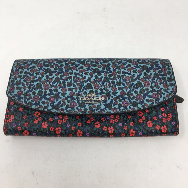 floral bi fold wallet with zipper pouch