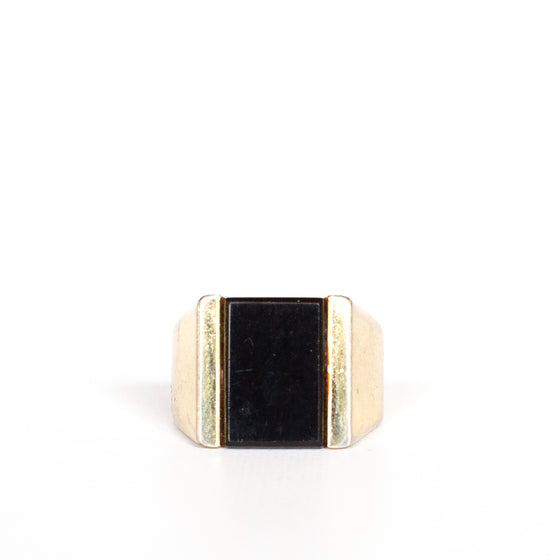 VINTAGE JEWELRY | GOLD-TONE BLACK ONYX RING (SIZE 9)