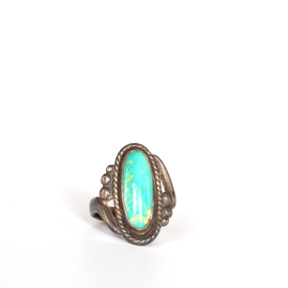 VINTAGE JEWELRY | STERLING TURQUOISE RING (SIZE 5)