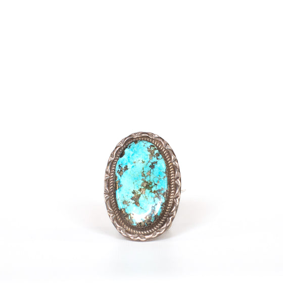VINTAGE JEWELRY | STERLING TURQUOISE RING (SIZE 10)