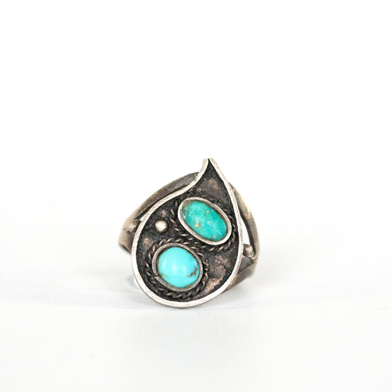 VINTAGE JEWELRY | STERLING DUAL-STONE TURQUOISE RING (SIZE 6)