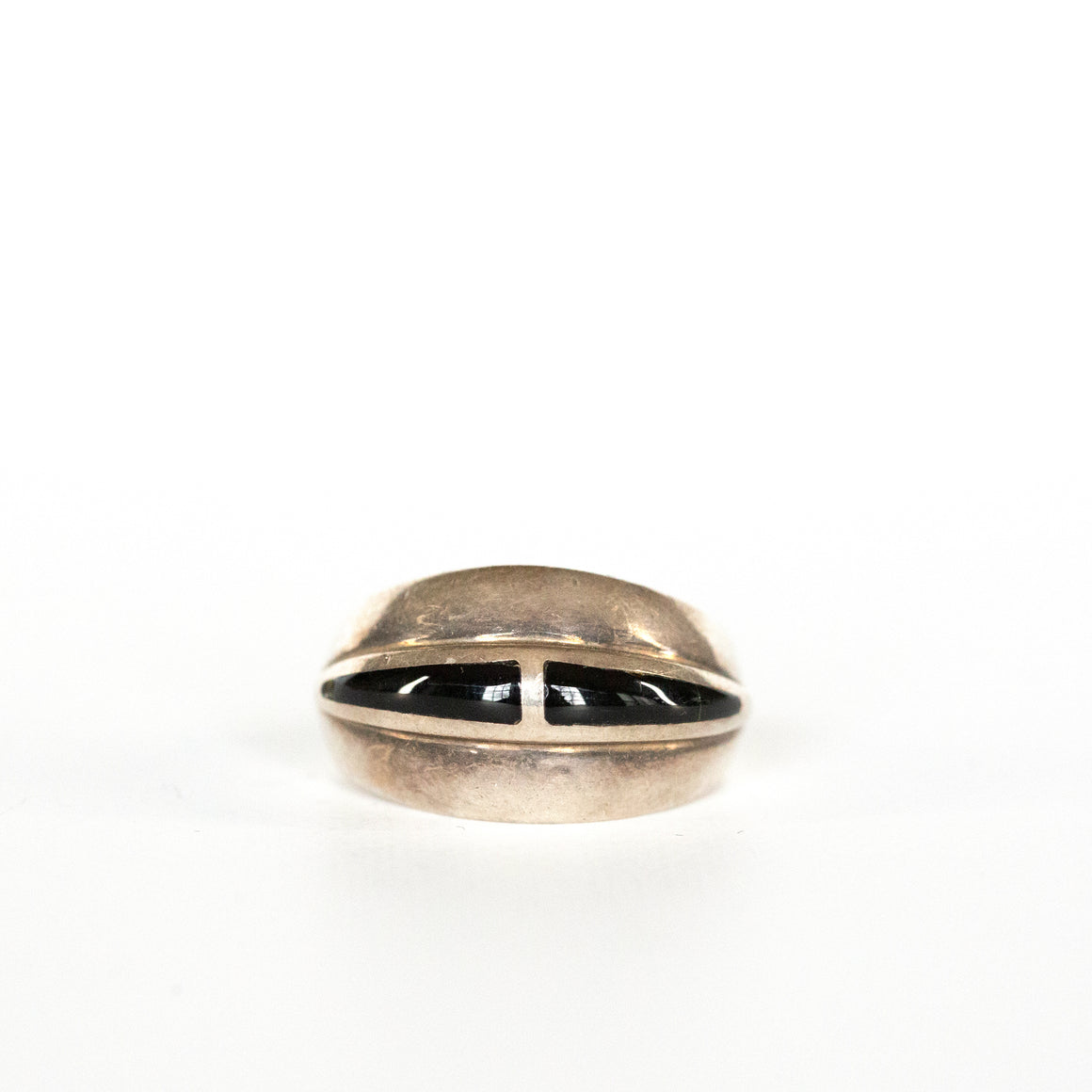 VINTAGE JEWELRY | STERLING ONYX MODERN RING (SIZE 8.5)