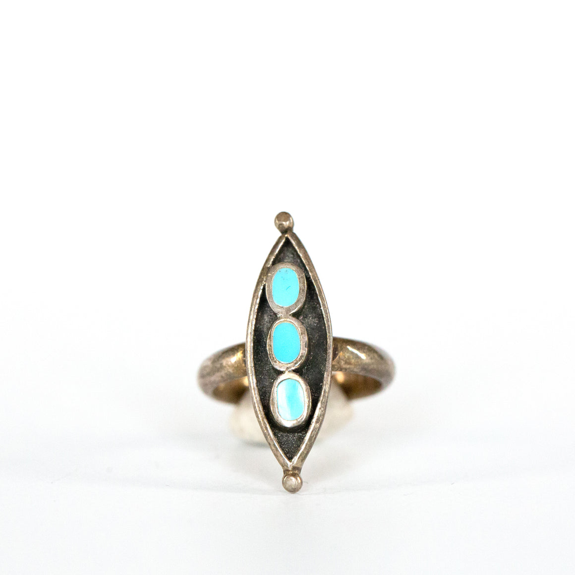 VINTAGE JEWELRY | STERLING MULTI-STONE TURQUOISE RING (SIZE 5.5)