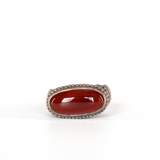 VINTAGE JEWELRY | RED JASPER STERLING RING (SIZE 7)