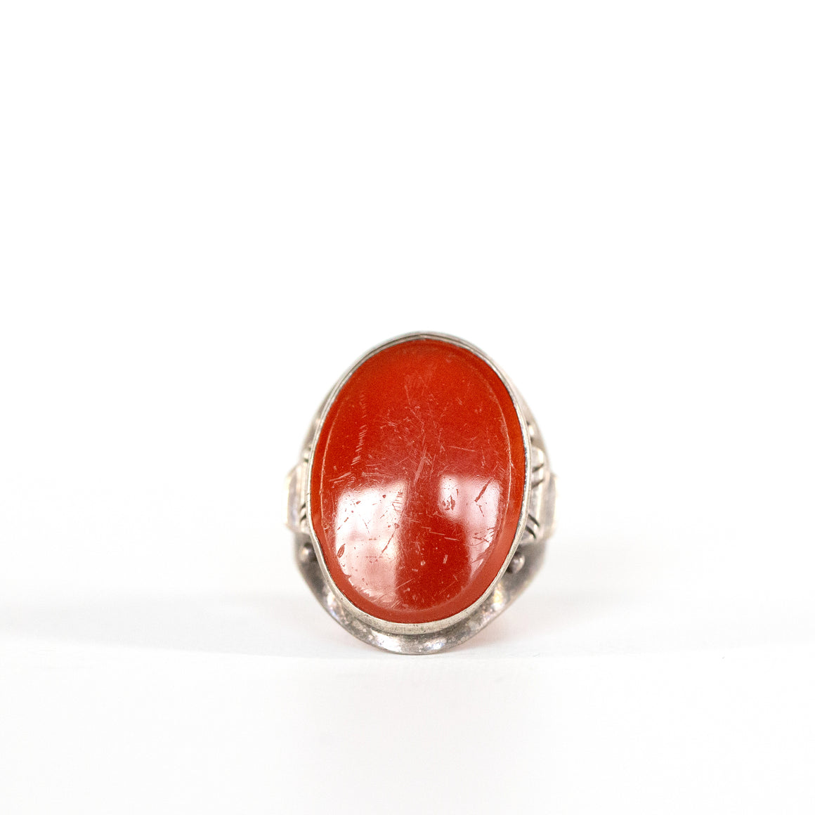 VINTAGE JEWELRY | STERLING RED STONE RING (SIZE 8)