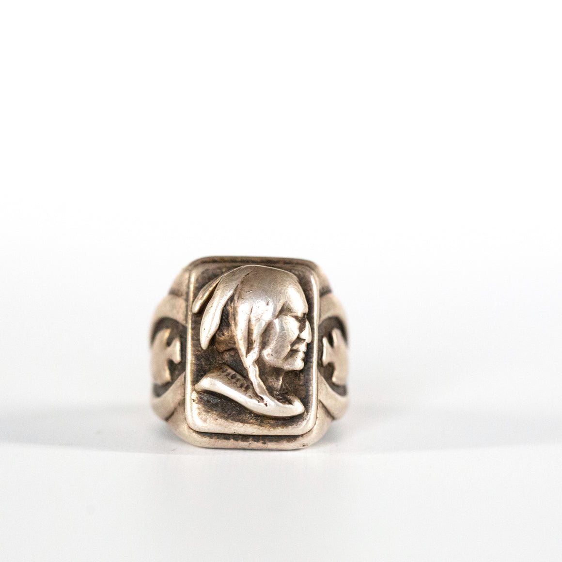 VINTAGE JEWELRY | HEAVY STERLING MEXICAN INDIAN BIKER RING (SIZE 11)