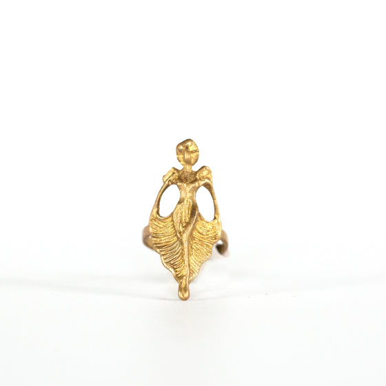 VINTAGE JEWELRY | BRASS MODERNIST LADY RING (SIZE 5)