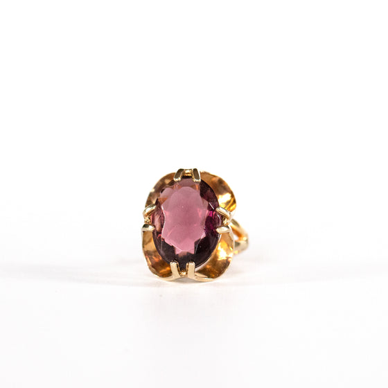 VINTAGE JEWELRY | GOLD-TONE DIAMOND-CUT COSTUME RING (SIZE 6)