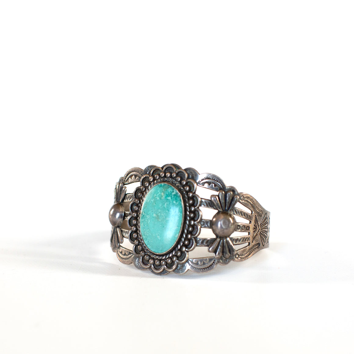 VINTAGE JEWELRY | LARGE STERLING TURQUOISE FRED HARVEY BRACELET