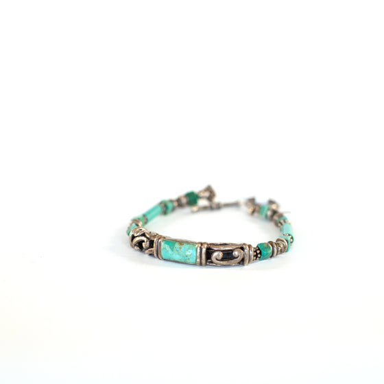 VINTAGE JEWELRY | TURQUOISE THAILAND TOGGLE CLASP