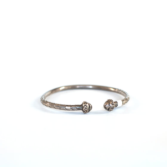 VINTAGE JEWELRY | STERLING BARBADOS BRACELET