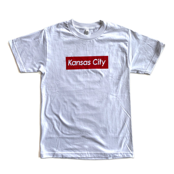 KCMO.CO | KANSAS CITY SUPREME T-SHIRT - WHITE/RED